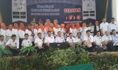 Gerakan 1000 Sertifikasi Kompetensi Tenaga Kerja di Politeknik ATI Makassar