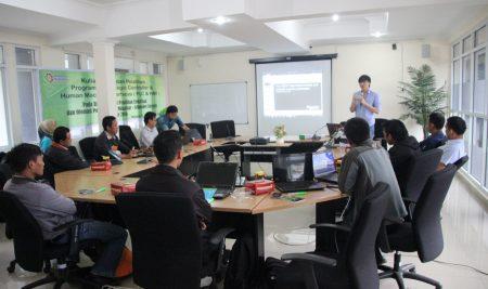 Kuliah Tamu dan Pelatihan Programable Logic Controller