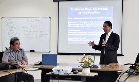 Kuliah Tamu Kehumasan Politeknik ATI Makassar