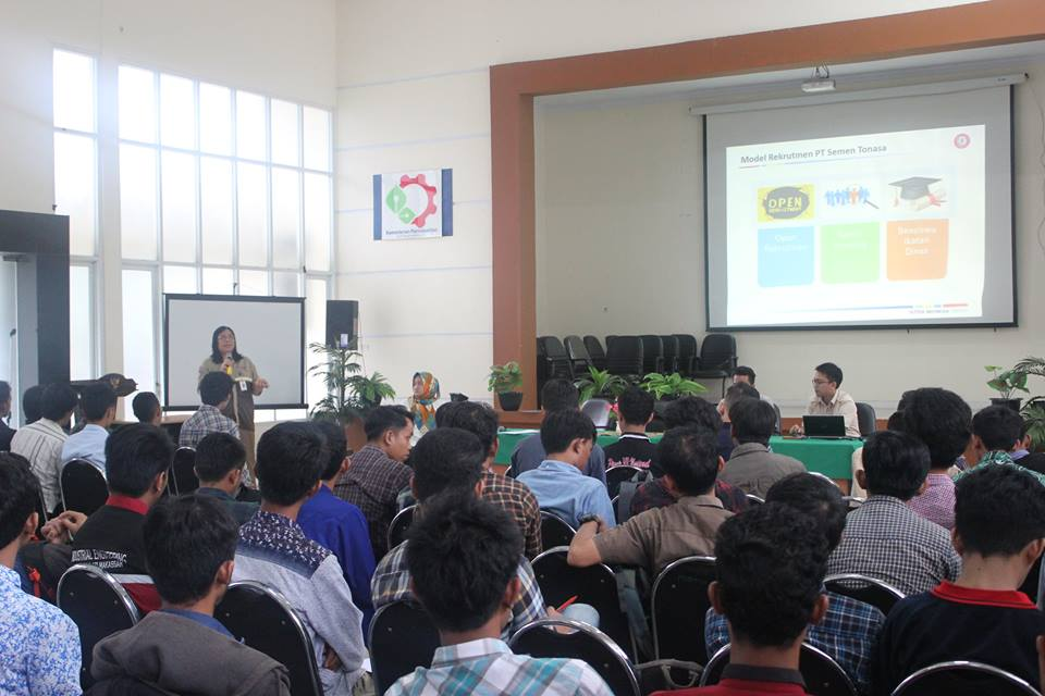 Sosialisasi Rekruitmen PT.Semen Tonasa di Politeknik ATI Makassar