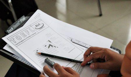 Politeknik ATI Makassar mengadakan Kuliah Tamu & Tes TOEFl