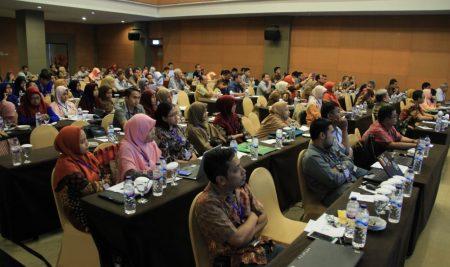 Seminar Nasional Teknologi Industri VI dengan tema Menyiapkan SDM Industri Memasuki Revolusi Industri 4.0