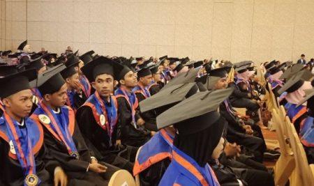 Hadapi Industri 4.0, Politeknik ATI Makassar Cetak 298 SDM yang Kompeten