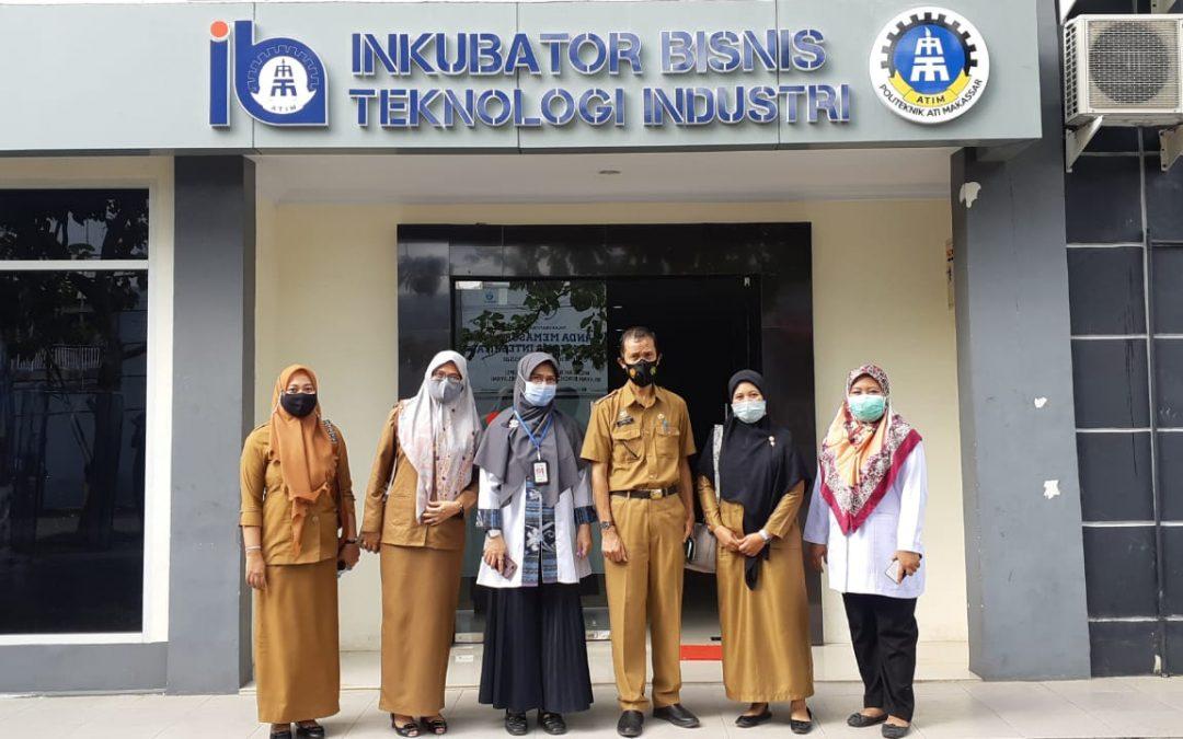 Kembangkan IKM, Disperindagkop Wajo Ajak Politeknik ATI Makassar Kerja Sama